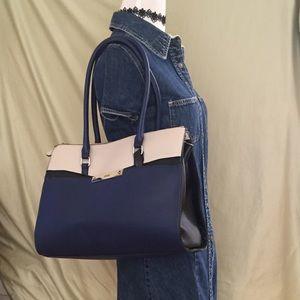 Express woman's handbag